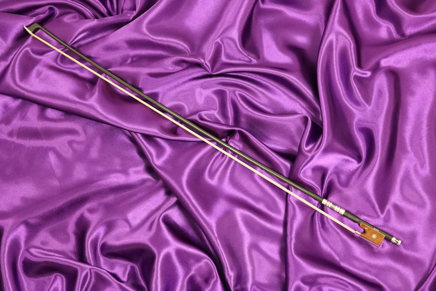 Zlata carbon violin bow 1